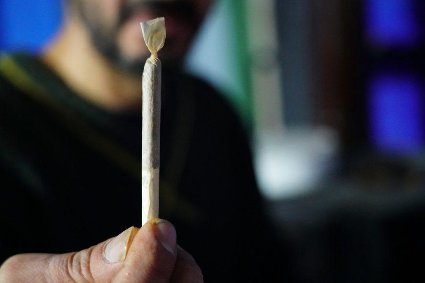 Berlin will Cannabis-Modellprojekt per Klage durchsetzen